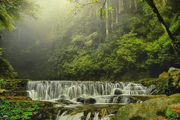 Air Terjun Putri di Taman Nasional Gunung Ciremai, Kuningan, Jawa Barat, Indonesia. http://t.co/mXK7boMIag