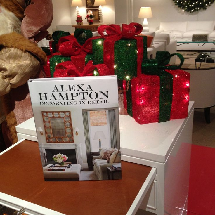 Continuing A Family Tradition Of Exquisite Style Alexa Hampton Offers Rich Showcase