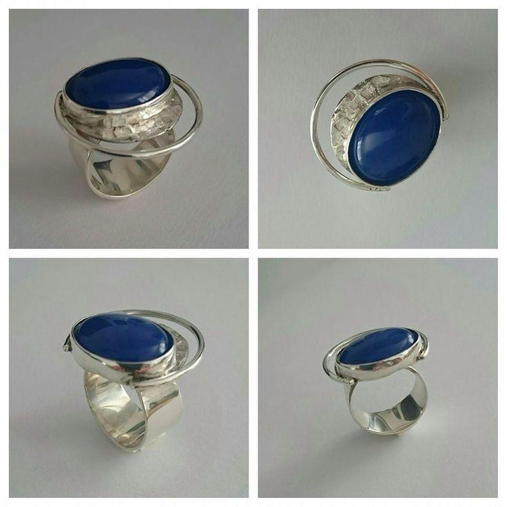 Saturn Ring. Silver and Ágata.