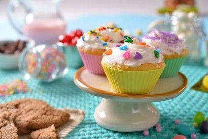 Make it a cupcake December to remember #nationalcupcakeday #mikewepplo #national #cupcake #day #dessert #December http://www.mikewepplo.com/ :)