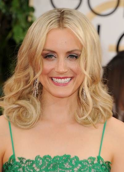 Celebrity hairstylist Ryan Trygstad created the gorgeous look for Taylor Schilling for the 2014 Golden Globes using Leonor Greyl products. #goldenglobes #beauty