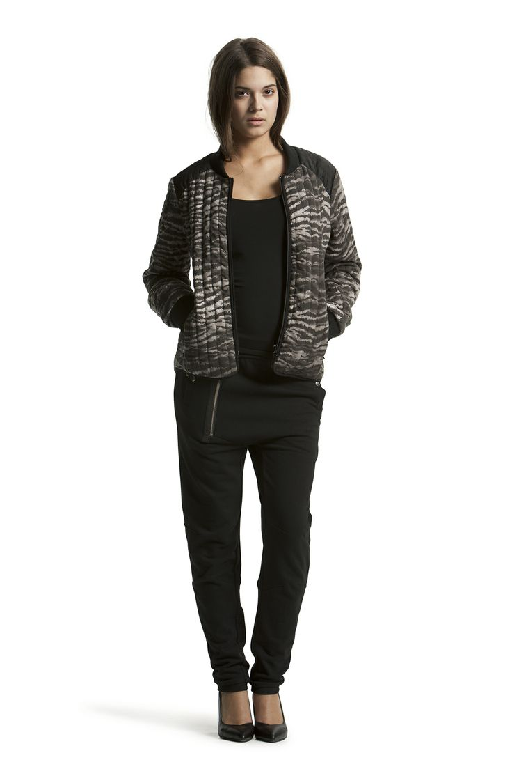 Dee Sweat Pant with Boa Jersey Tank Top and Delhi Jacket
