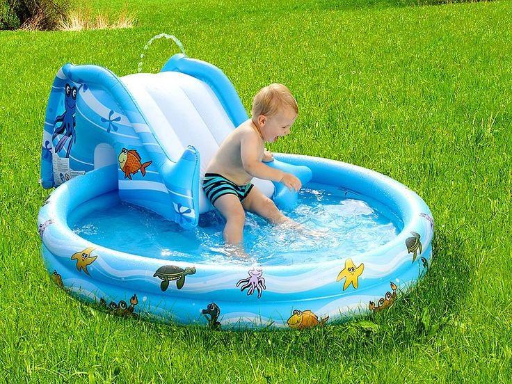 Lorsque arrive l'été et les chaleurs, bébé sera assurément mieux dans cette pataugeoire avec son toboggan gonflable, pour s'amuser et se rafraîchir.