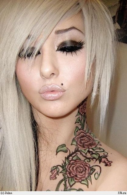 Monroe piercing and this tattoo is gorgeous :) wouldnt get it cuz of placement but it's cute