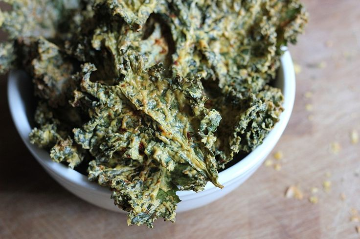 Cheesy Kale Chips | Favorite Recipes | Pinterest