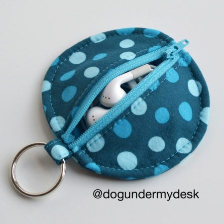Circle Zip Earbud Pouch