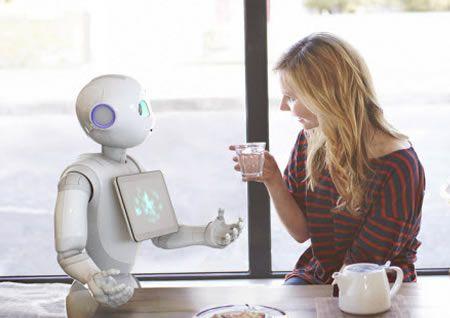Pepper is de gezelschapsrobot van Aldebaran, en is dus het broertje van de wereldberoemde NAO. Pepper is helemaal ontworpen en gebouwd om je...