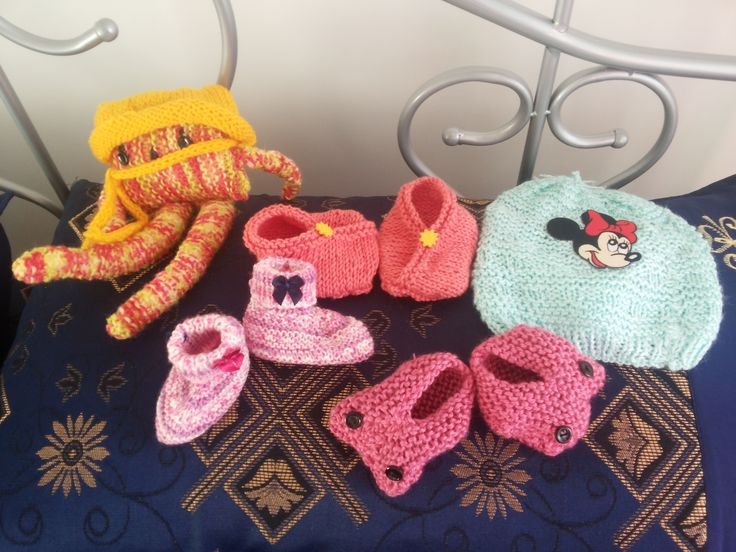 Baby Booties, Baby Beanie and woolen soft toy.... own design