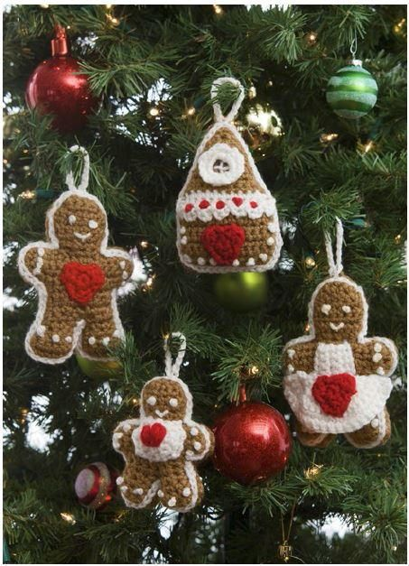 Gingerbread Crochet Ornaments/ easy / FREE CROCHET pattern/ sweet family - all that's missing is the dog - where's Rover?