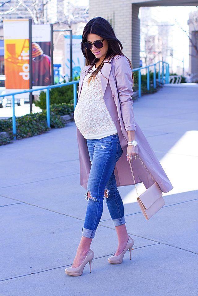 Pregnancy style, skinny jeans, high heels, pink coat,