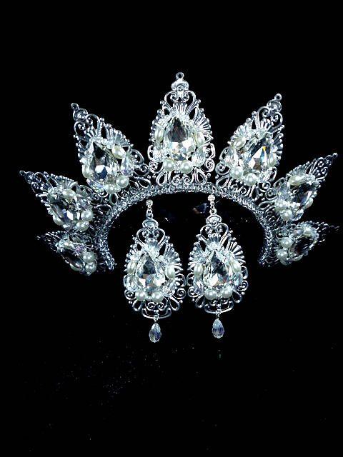 Silver wedding Crown Hair birthday gift Jewelry set Pearl Tiara Earrings fall fashion trends Custom Tiara wedding ideas Queen princess her by JewelryAjoureFlowers on Etsy https://www.etsy.com/listing/512055380/silver-wedding-crown-hair-birthday-gift