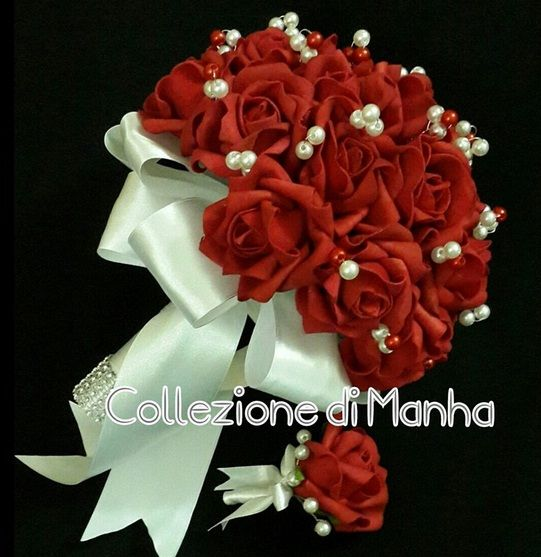 Bloody red rose bouquet