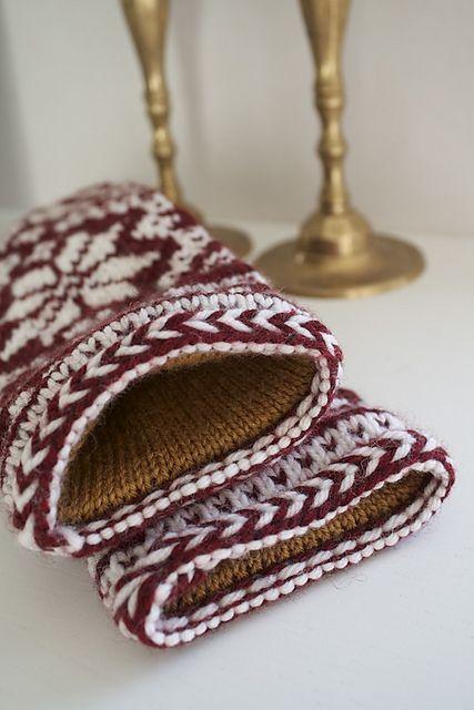 Ravelry: mshoneybee's Rigmor's Selbu mittens