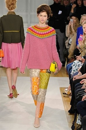 London Fashion Week : Gallery : Moschino Cheap And Chic. Really cute. You could this at home.