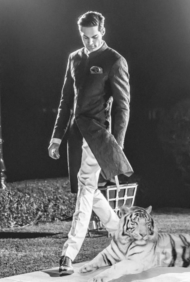 Save the Tiger... a model in a Raghuvendra Rathore Achkan paired with Jodhpuri…