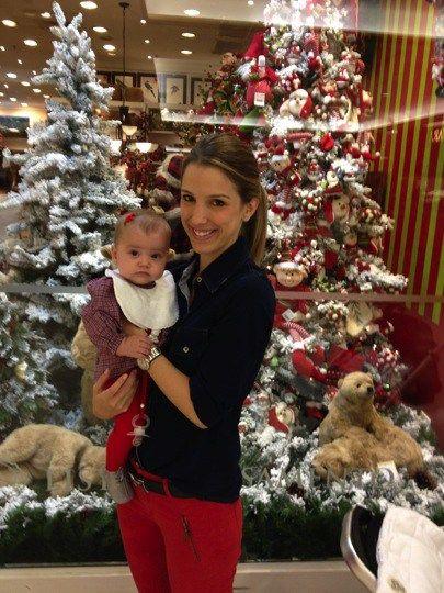 Tamara Rudge e a filha Maria Sofia