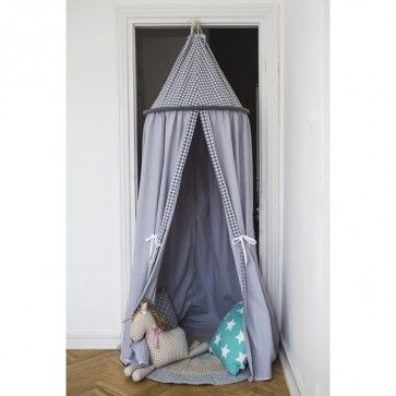 Float Charming hanging #kid's #play #tent available with or without the matt and set of 2 cushions. #funique #funiqueuk #baby #decor #nursery #accesories #children's #room