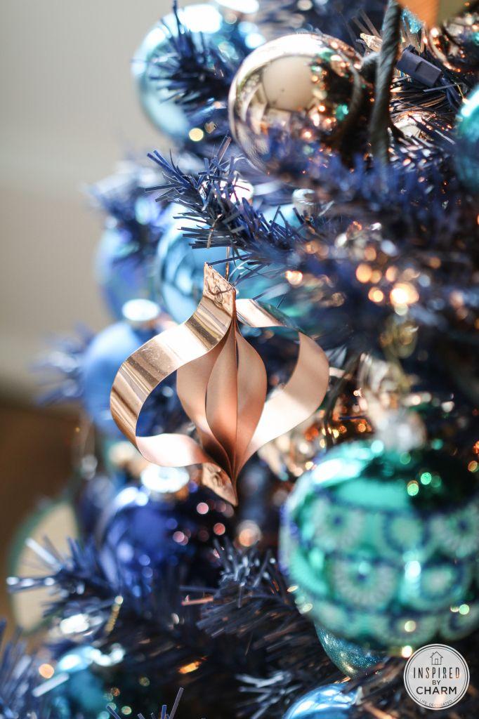 Unique Christmas Tree Decorating Ideas Inspiredbycharm Com Turquoise Christmas Gold Christmas Decorations Rose Gold Christmas