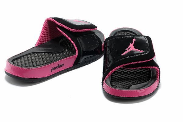 womens jordan slides size 8   Jordans