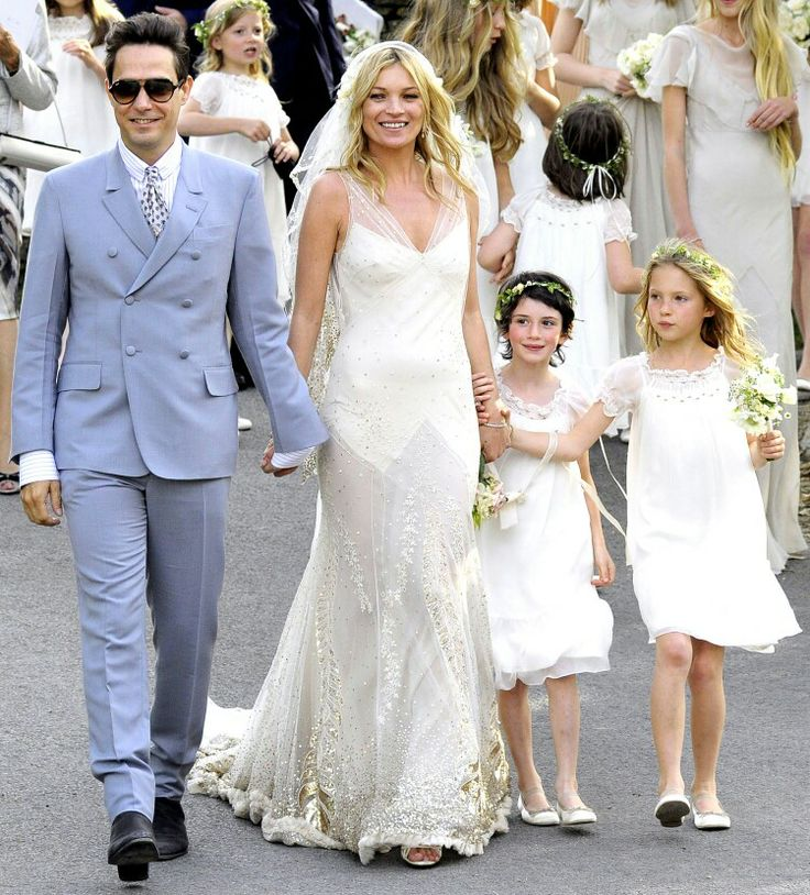 The 25 best kate moss wedding dress ideas on pinterest simple did kate moss start the great gatsby trend supermodel kate moss wed rocker jamie hince in southrop england on july i wanted it to be kind of dreamy and junglespirit Gallery