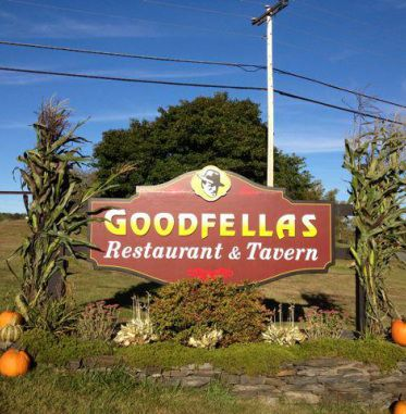 Welcome to Goodfellas Restaurant & Tavern.  Enjoy pub fare, seafood, drinks, and much more.  Located in Danville, Vermont.