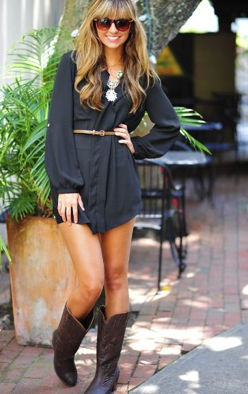 This is such an adorable outfit. #cowboy #boots
