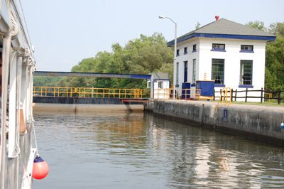 Erie Canal Boat Tours Rome Ny