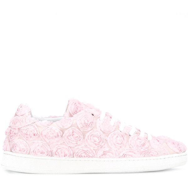 Joshua Sanders - Roses sneakers - women - Leather/Polyester/rubber -... (1,655 ILS) ❤ liked on Polyvore featuring shoes, sneakers, real leather shoes, rosette shoes, rubber shoes, leather sneakers and genuine leather shoes