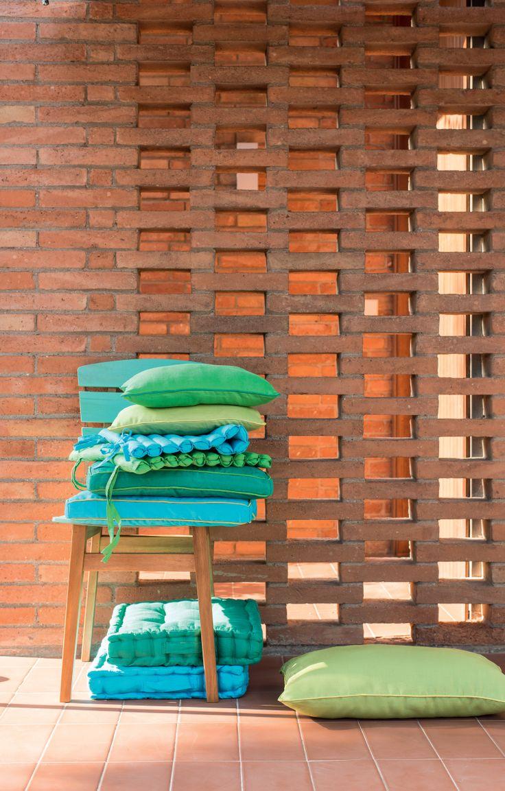 Pfister Chair Brazil and different Cushions, Outdoor Ideas, Garden, Terrace, Decoration