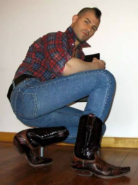 Tumblr   boots and shoes   Pinterest   Man photo
