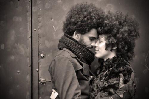 natural hair natural love: A Kiss, Natural Beautiful, Hair Natural, Afro, Naturalhair, Natural Hair Style, Curly Hair, Hair Inspiration, Black