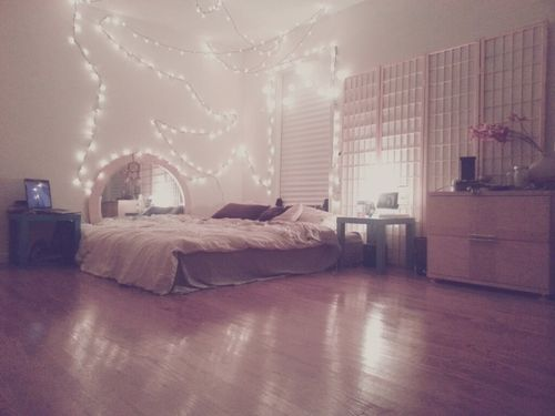 Another simple teenage bedroom gottaloveit my cave pinterest teenage bedrooms bedrooms - A simple teenagers bedroom ...