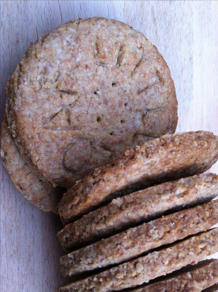Digestive Biscuits, LittleLoaf (oats, wholemeal flour, baking powder, brown sugar, salt, milk)