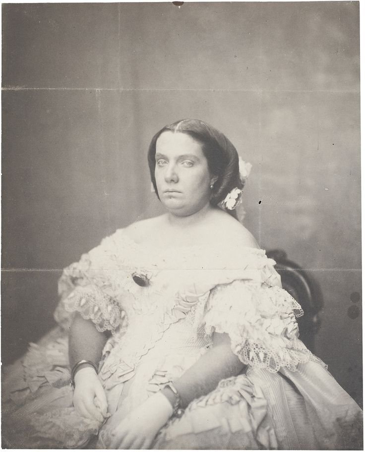 carolathhabsburg:  A young Queen Isabel II of Spain. Late 1850s. Image courtesy of Pedro from H.