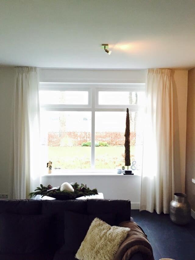 Binnenkijker | kamerhoge linnenlook #gordijnen #curtains #Gardinen #Vorhänge