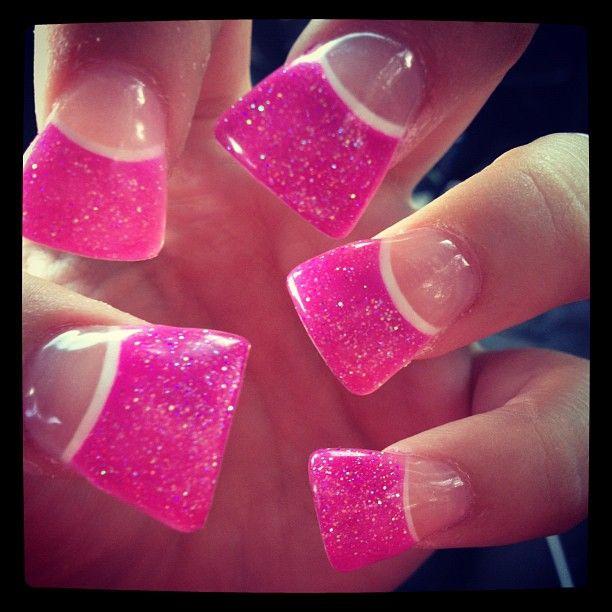 WTF?! Duck bill nails look stupid!