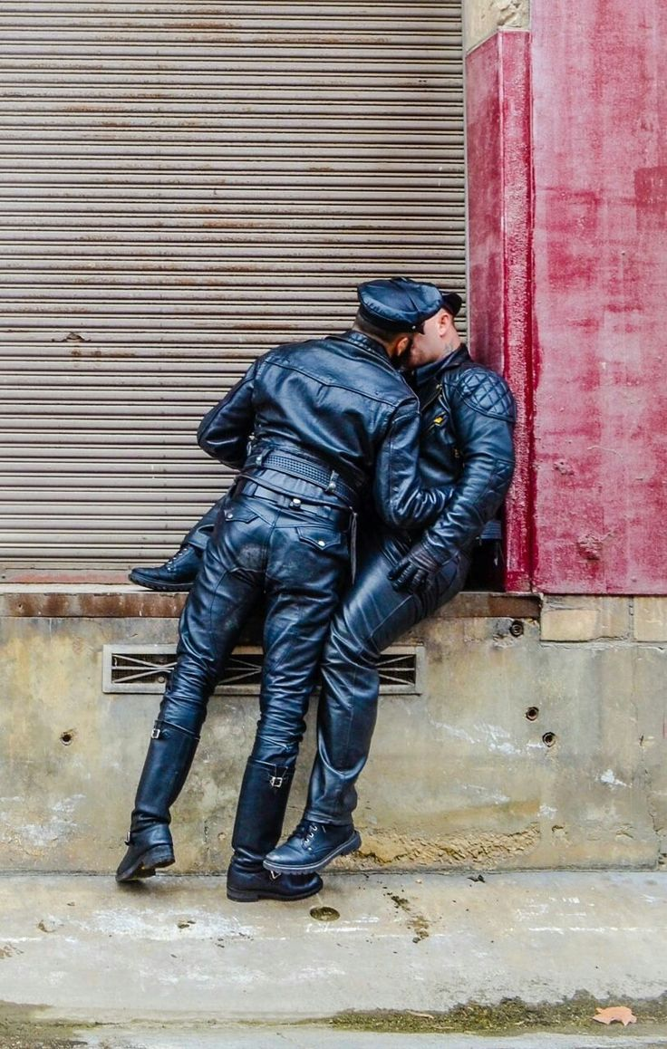 Pin de andryk roca en leather mature cowboys hairy men