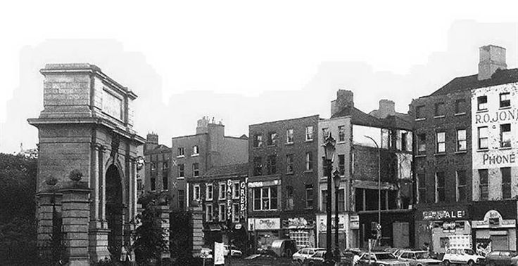 A very run down St Stephen's Green West 1981