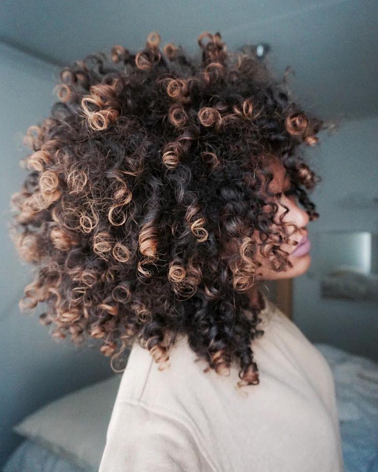 "1,077 curtidas, 35 comentários - Hennalice DaSilva (@hennalice_) no Instagram: ""when your hair starts growing"""