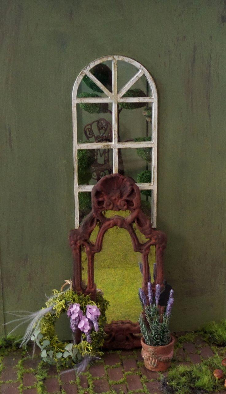 Miroir victorien miniature maison de poupées échelle 1:12 de la boutique MadeInEven sur Etsy