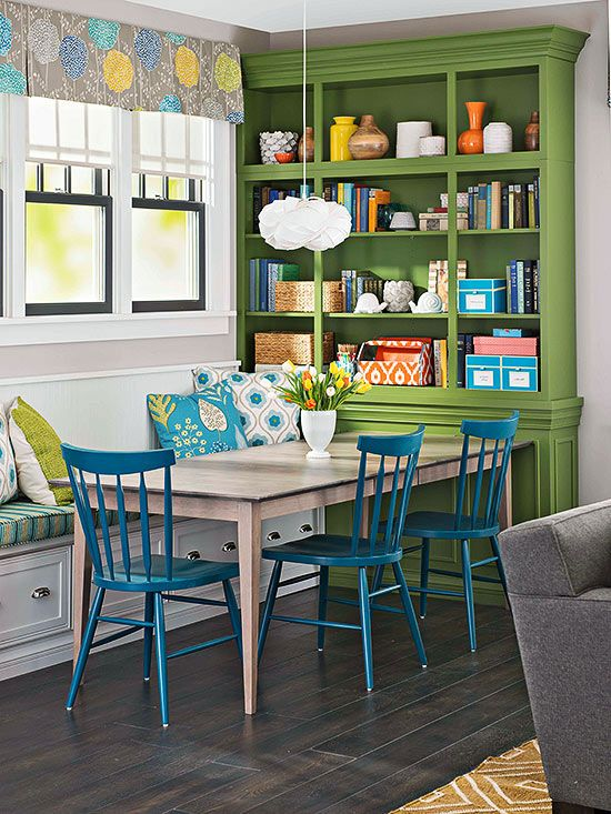 Beyond the Kitchen: Living Areas to Love | http://www.bhg.com/blogs/better-homes-and-gardens-style-blog/2014/04/23/kitchens-with-connected-living-areas/