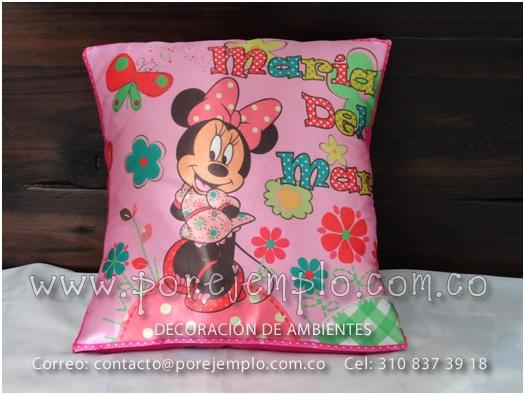 Cojín de Minnie Mouse para niña marcado con su nombre Referencia ...