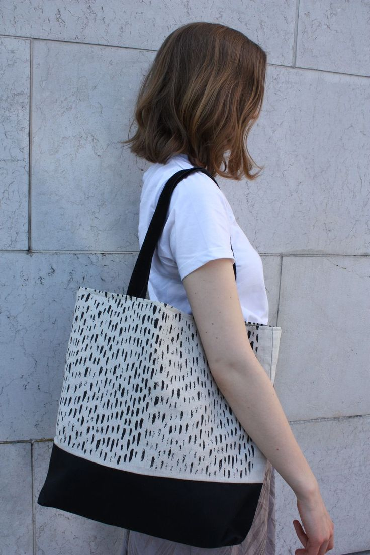 Tote bag By Malene Zapffe. Click on the image to see more!