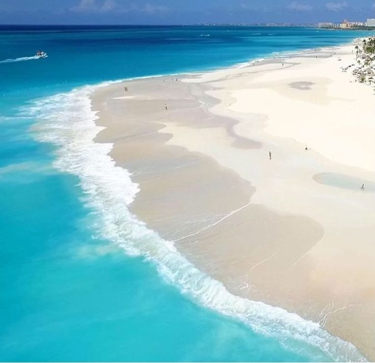 The majestic Manchebo Beach Aruba