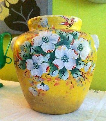 Yellow Mccoy Vase Value Garden View Landscape