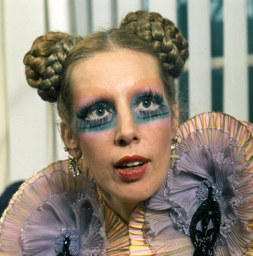Mathilde and Lady Gaga....they could have been twins.