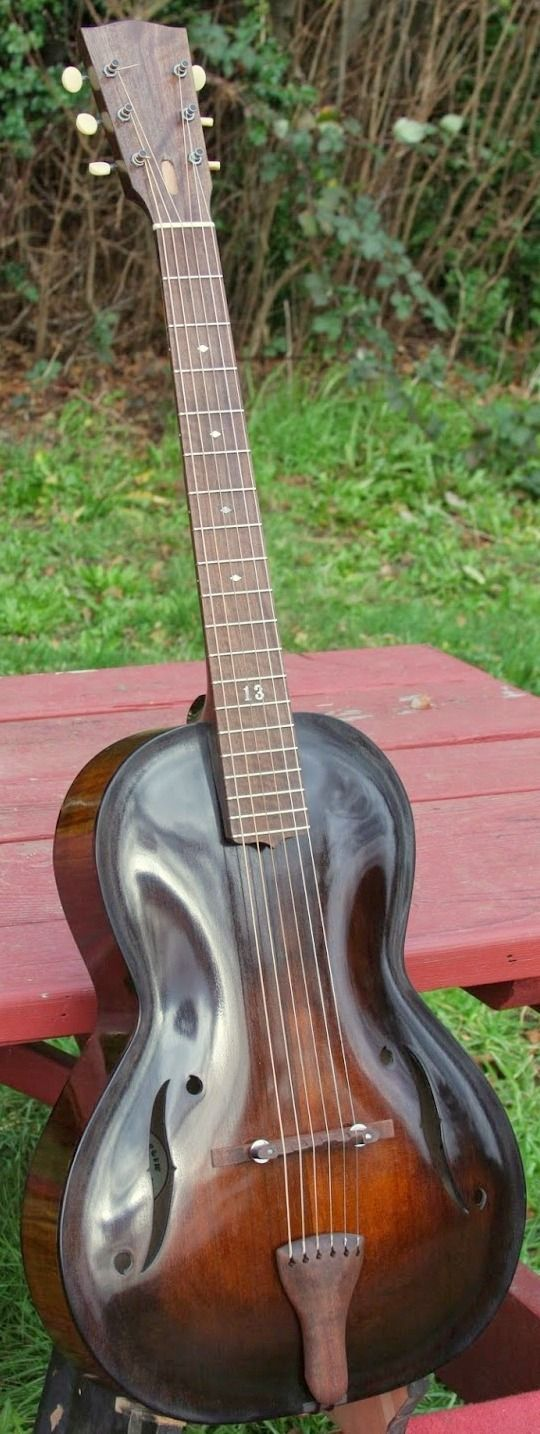 * CHAMPLIN guitars ~ Devlin Champlin Archtop Parlour Guitar ~ Here is the website link > http://www.champlinguitars.com/ ~ The link below is NOT the website - just a Pinterest page ...