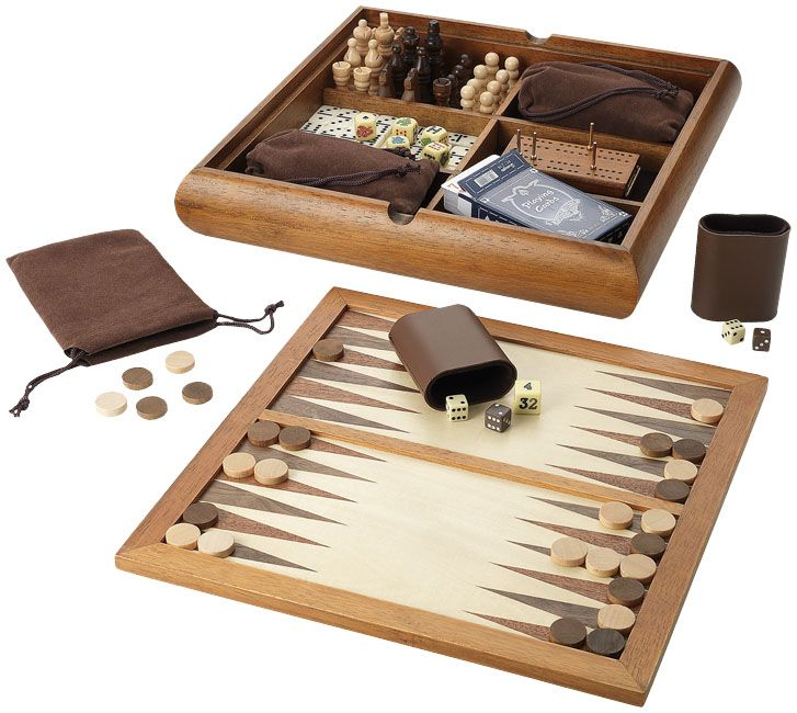 Sah| table| joc de familie| joc de societate| chesse| familyy game