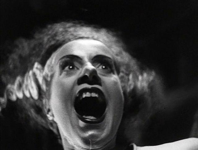 Elsa Lanchester in Bride of Frankenstein
