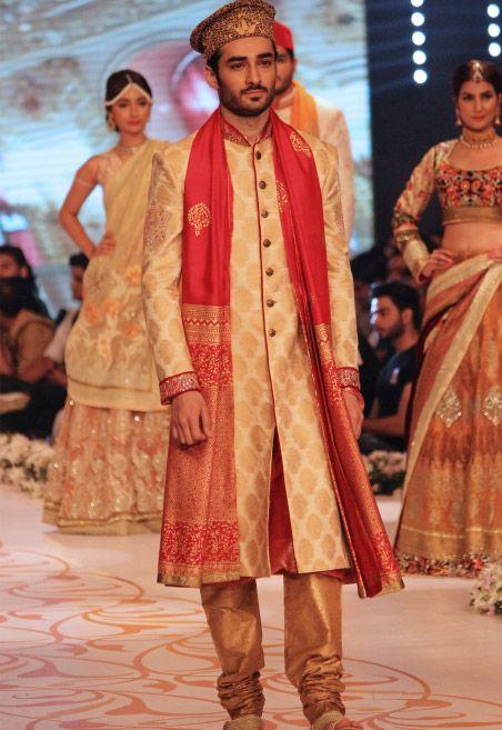 Golden Self Jamawar Sherwani by PakRobe.com
